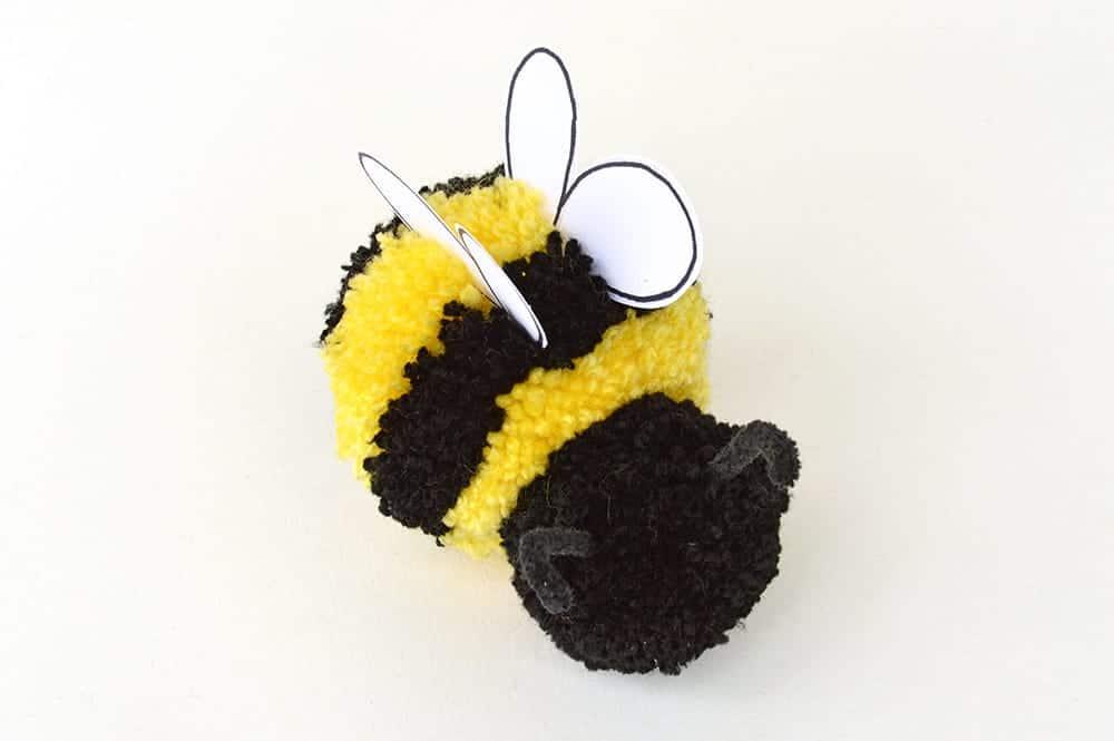 pom pom bees craft