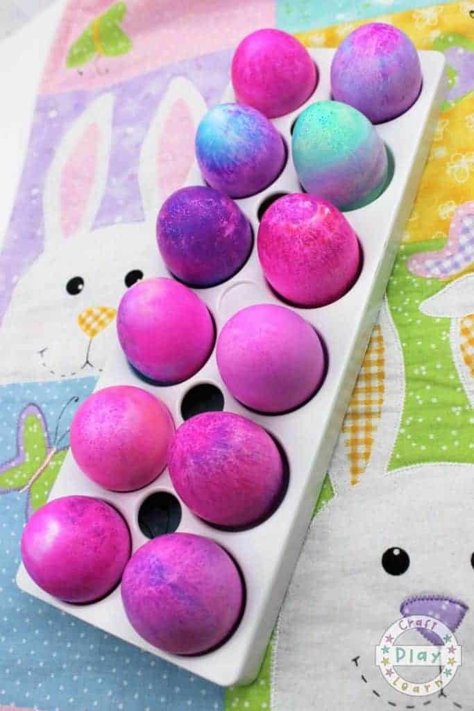 shaving foam dyes eggs