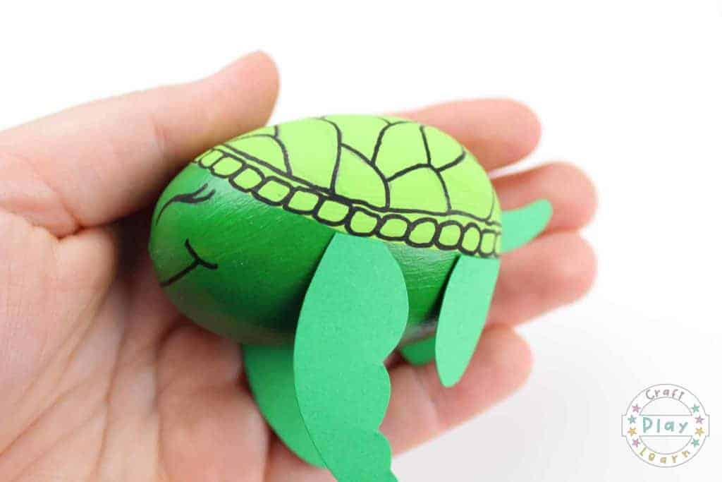Paper Plate Turtle Craft - The Resourceful Mama | 683x1024
