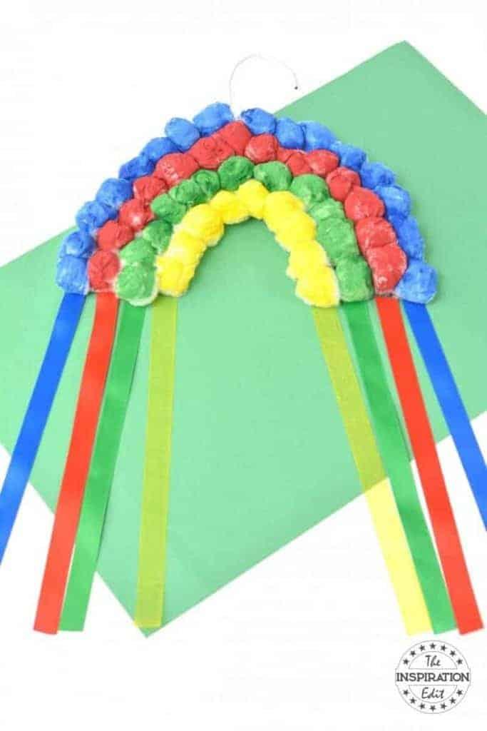 hanging-cotton-ball-rainbow-craft